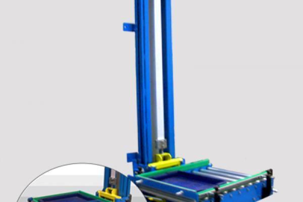 Elevador columna doble de Convex. Para instalaciones industriales de manipulación de cajas y palets