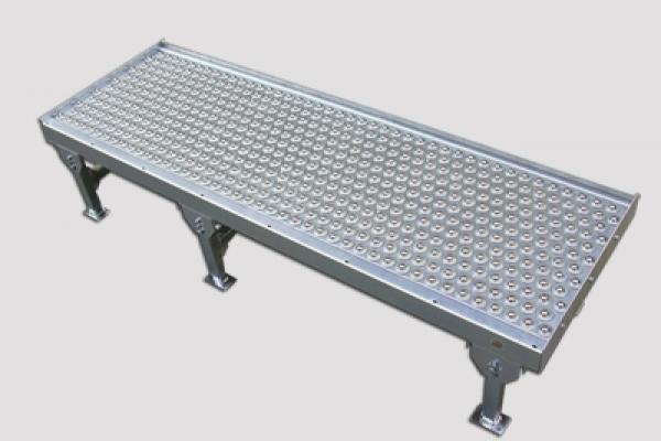 Mesa de bolas Convex serie MB085 para la manipulación de cajas en líneas de transportadores de instalaciones industriales